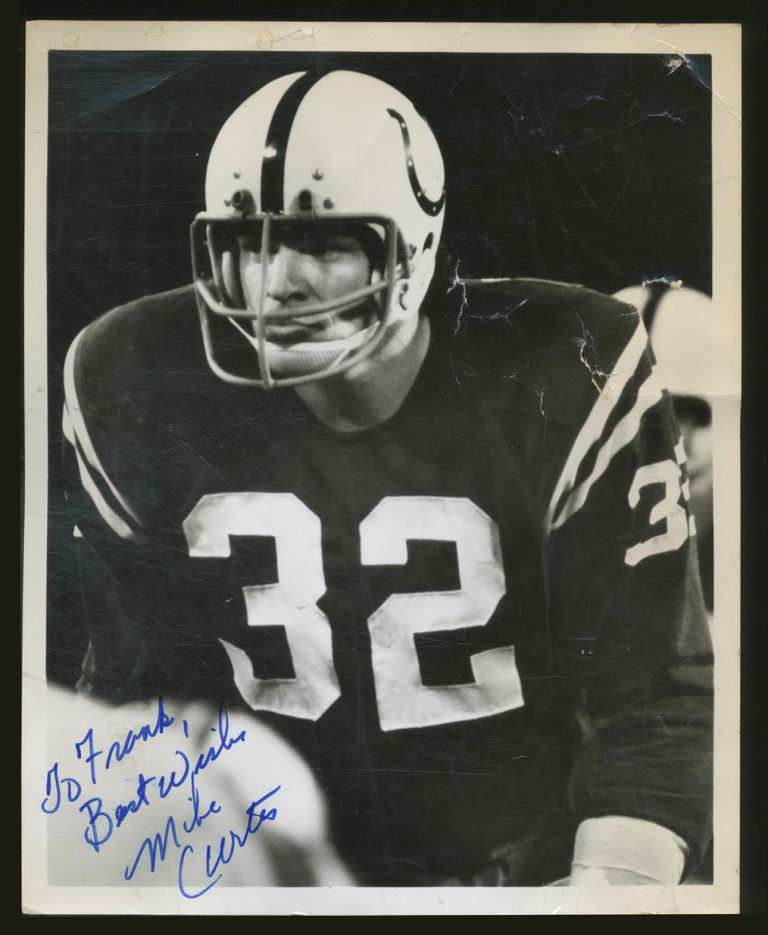 Signed Photograph. Mike CURTIS.