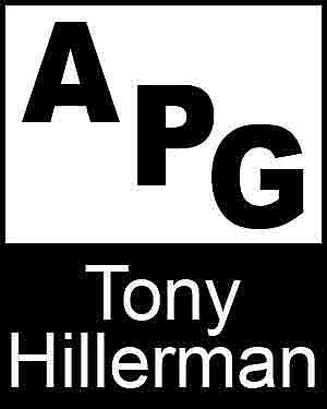 Bibliography, First Edition and Price Guide (APG - Author's Price Guide Series). Tony HILLERMAN, The Staff of Quill, Inc Brush.