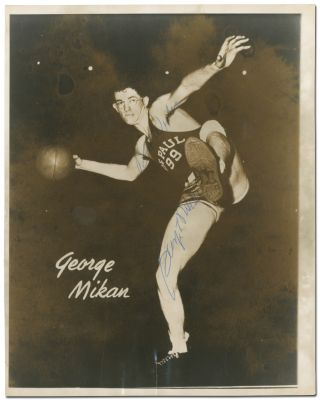 Signed Photograph. George MIKAN