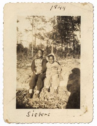 [Loose Photographs]: African American Family